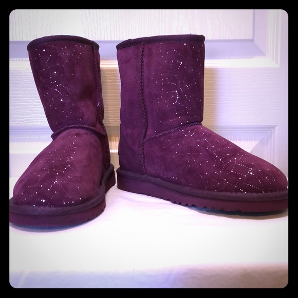 e7d242d9aad NEW Girls Purple Constellation Ugg Boots 5 Youth NWT